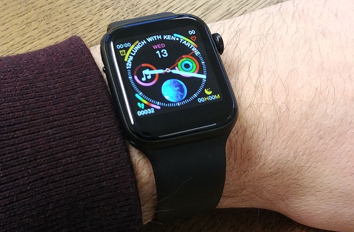 xWatch Vs Apple Watch